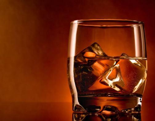 Можно ли пить алкоголь после лечения зубов?
