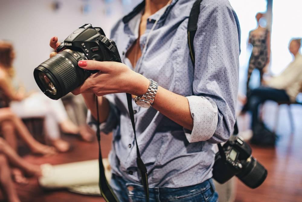 как устроиться в журнал фотографом модели деревянном каркасе